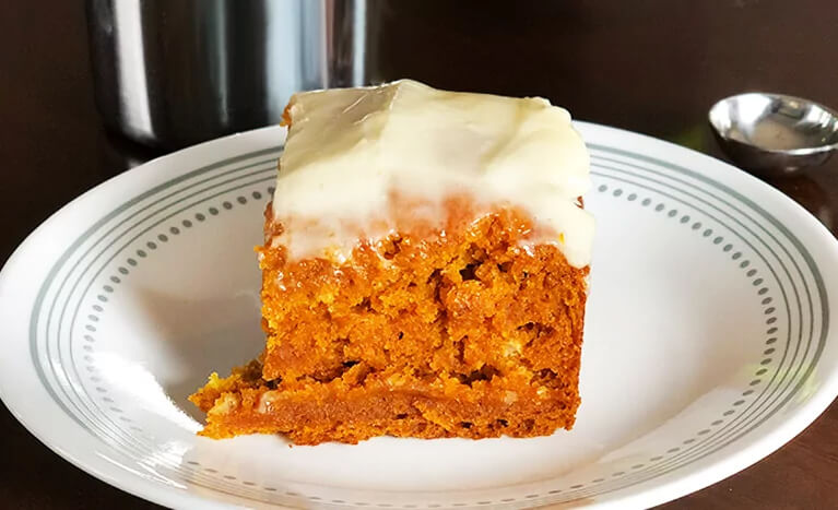 pumpkin bars with frosting