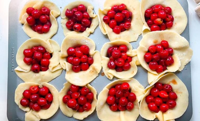 mini cherry pies before cooked
